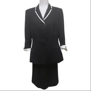 Le Suit 2 Piece Black Blazer and Skirt Sz 12